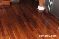 Santos Mahogany Vs Red Oak Hardwood