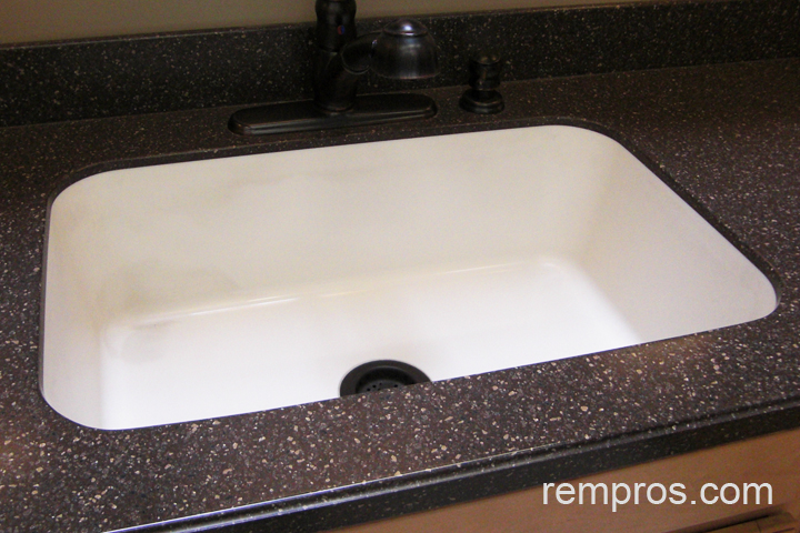 Ceramic undermount kitchen sink