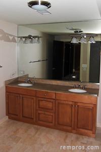 Bathroom sizes. Standard bathroom dimensions