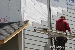Estimating Time Necessary For Siding Replacement